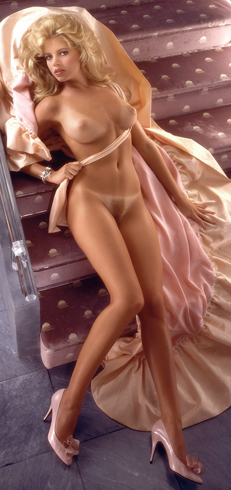 Pamela Saunders, Miss November 1985, Playboy Playmate
