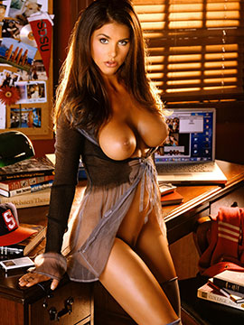 Alison Waite, Miss May 2006, Playboy Playmate